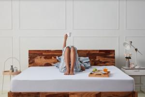 queen size bed | Wakefit