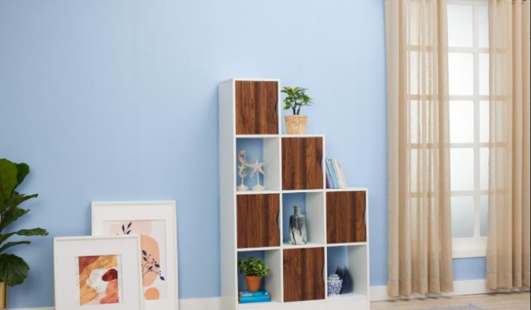 decorate bookshelf