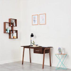 Apollo study table